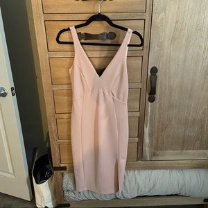 Lulus knee length sleeveless dress
